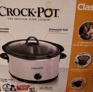 Other - Crockpot Slow Cooker 5Qt